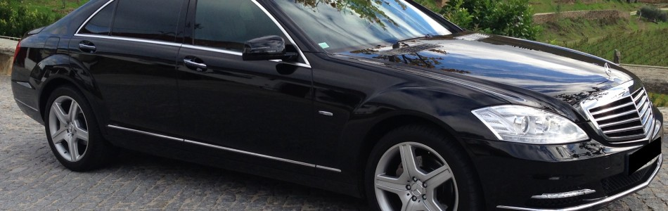 <h4>Long Version, Top limousine, and a benchmark among luxury sedans. It&#8217;s frequently used by top executives and diplomatic representatives. If you&#8217;re looking for top comfort and refinement is an ideal choice.</h4>
